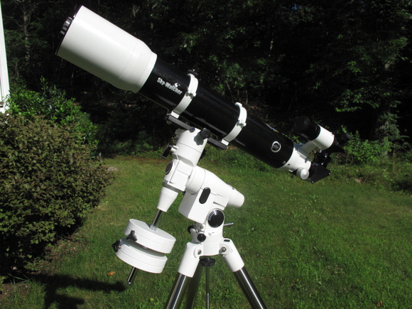 Ronald's SkyWatcher 120mm APO refractor